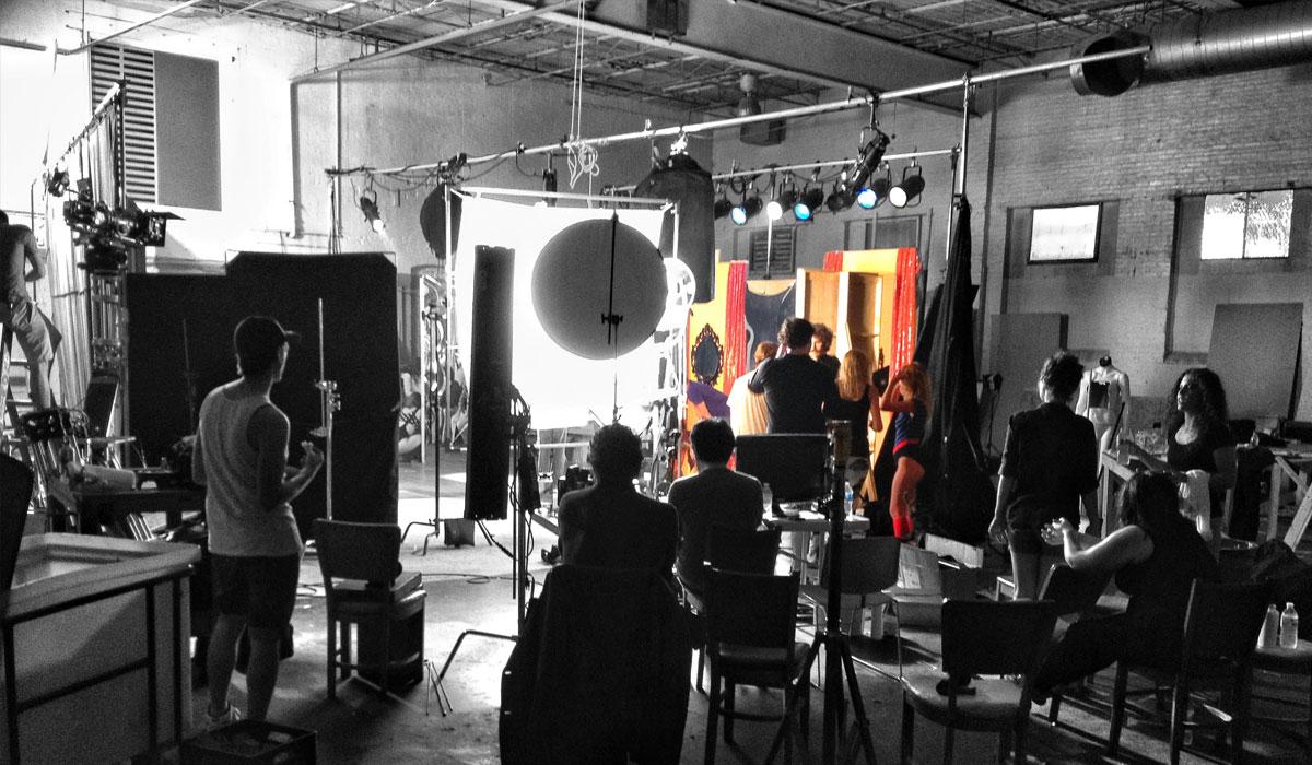 Behind-the-scenes of MFA Filmmaker alum Matthew Kennedy's Film The Editor.